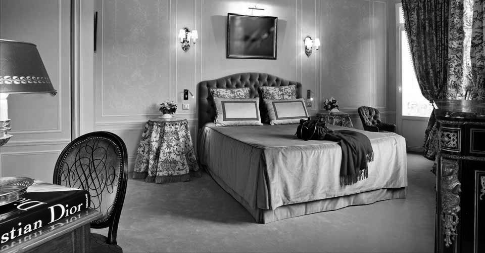 Une Chambre d'hôte en hommage à Christian Dior et Jacques Homberg